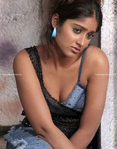Sexy South Babes in enticing pictures ~ Masala Actress