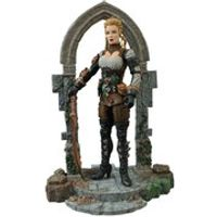 Diamond Select Universal Monsters Monster Hunters Lucy Westenra Action Figure
