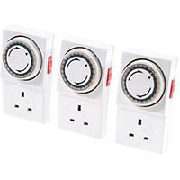Wickes 24 Hour Mechanical Timer 3 Pack