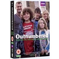 Outnumbered Series 1 3 Plus Christmas Special Boxset