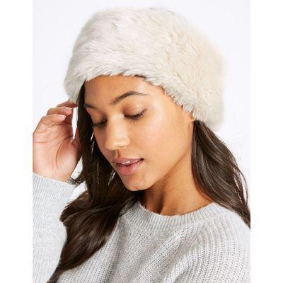 Faux Fur Cable Knit Winter Hat cream