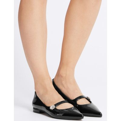 Point Pump Shoes black