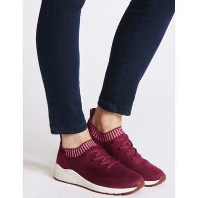 Lace-up Active Trainers berry