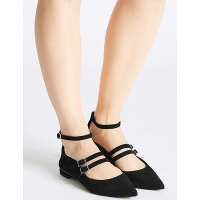 Leather Strap Pump Shoes black
