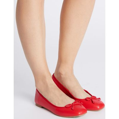 Bow Pump Shoes red