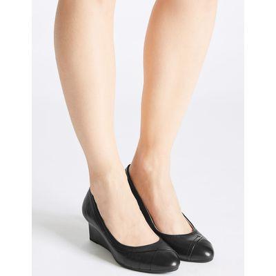 Leather Wedge Heel Pleated Pumps black
