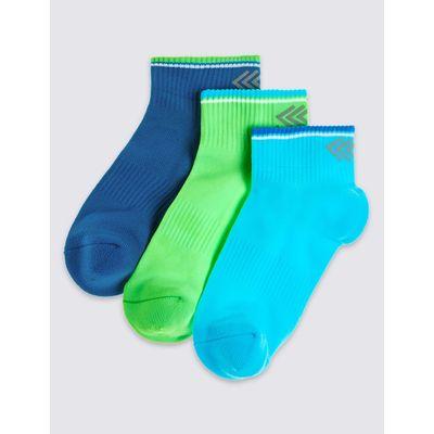 3 Pairs of Freshfeet™ Ankle Socks (3-16 Years) neon blue