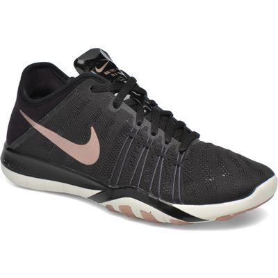 Wmns Nike Free Tr 6
