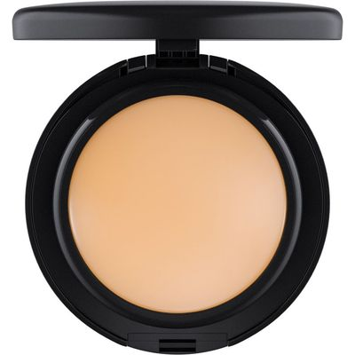 M·A·C MINERALIZE FOUNDATION SPF15, Nc20