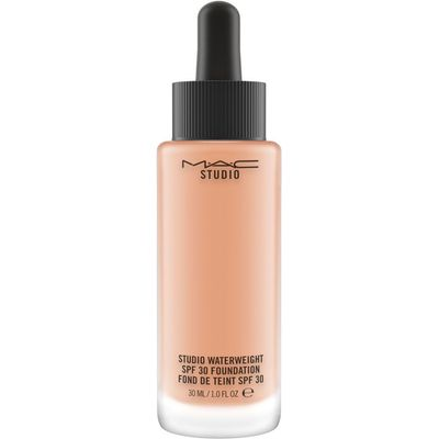 M·A·C Studio Waterweight SPF 30 Foundation, Nw30