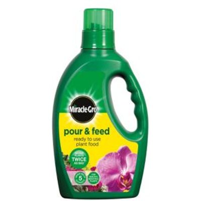 5010272090413 | Miracle Gro Pour   Feed Ready to Use Plant Food 1L Store