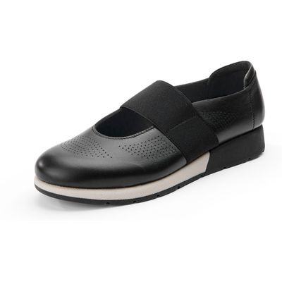 Low shoes a perforated pattern Aerosoles black