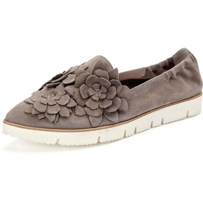 """""""Pia X P"""" slip-ons in a slightly pointed style Kennel & Schmenger beige"""
