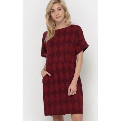 Flowing Short-Sleeved Dress