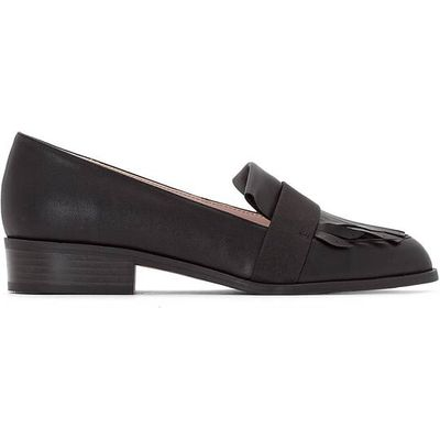 Loafers with Fringing