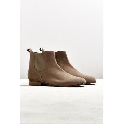UO Black Suede Chelsea Boot, TAUPE