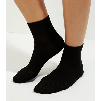 Black Mesh Ankle Socks New Look
