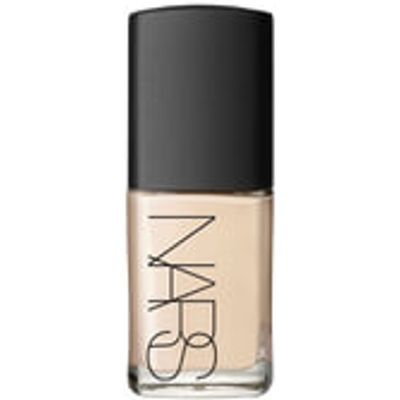 NARS Cosmetics Immaculate Complexion Sheer Glow Foundation - Siberia