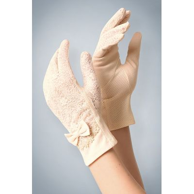 40s Ruth Lace Gloves in Cream