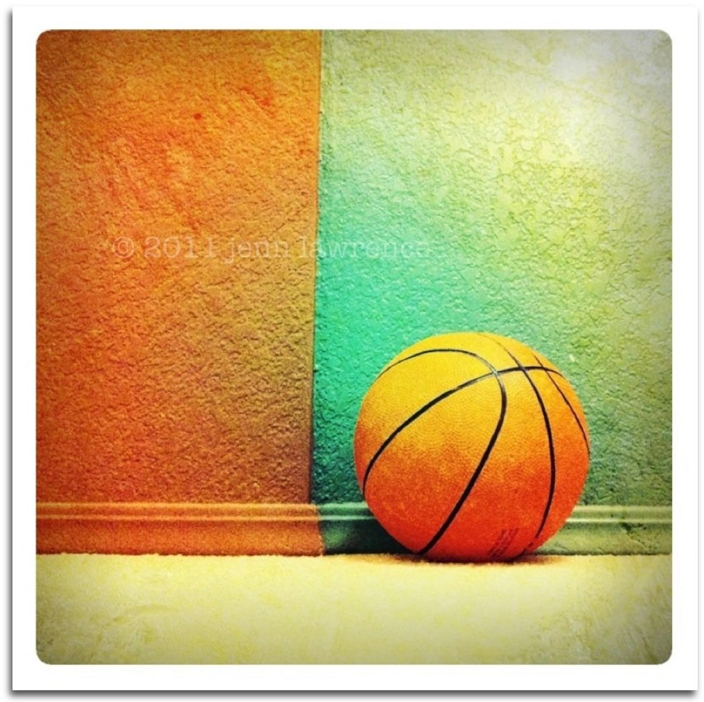 Just a Ball and a Wall by aikiuser