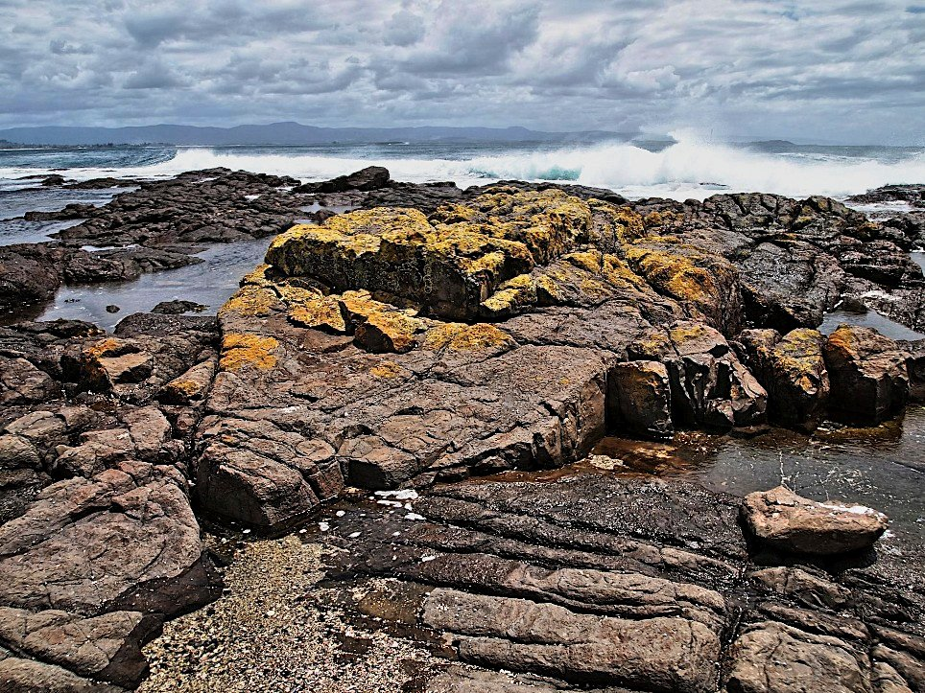 Bass Point III by peterdegraaff