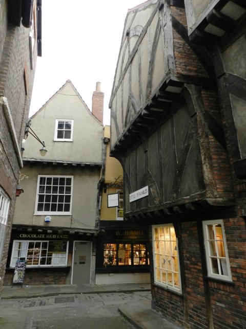 Little Shambles by if1