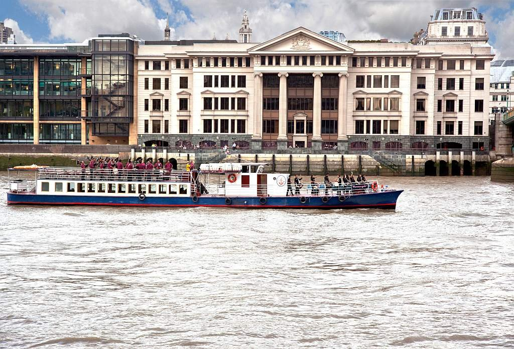 Thames Passenger Boat with Band by netkonnexion