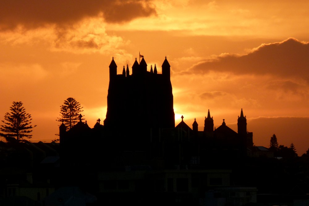 Newcastle Cathedral  by onewing