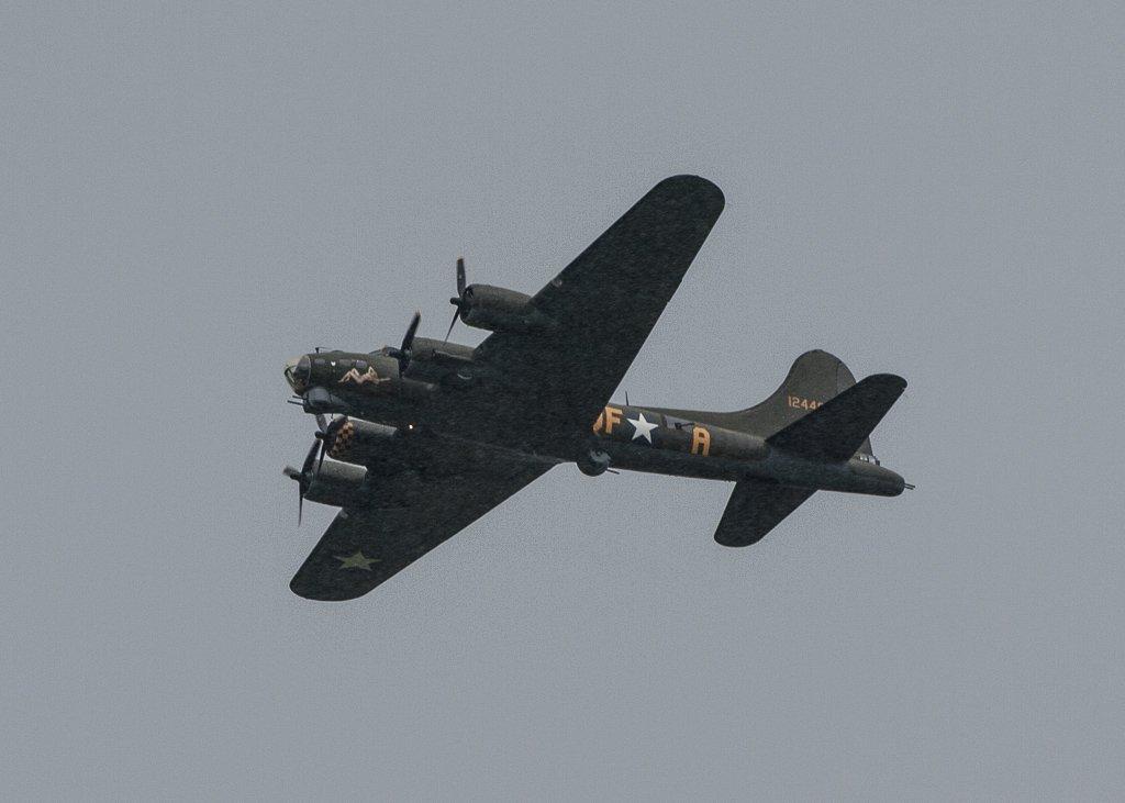 Sally B - 28-06 by barrowlane