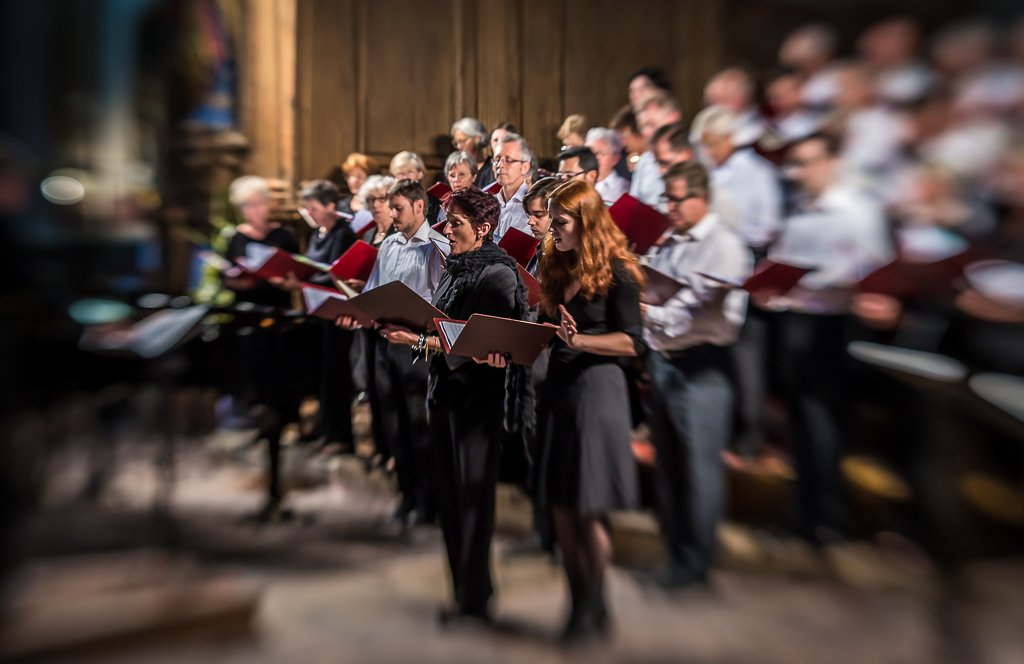 Lensbaby Choir by vignouse