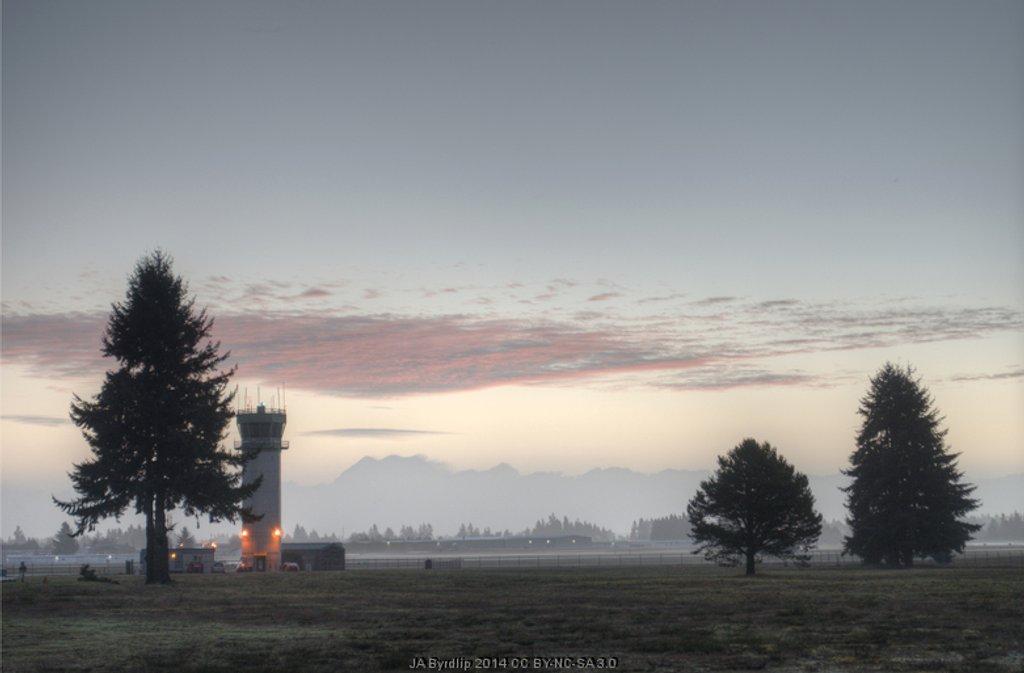 Mt Rainier and The Fog by byrdlip