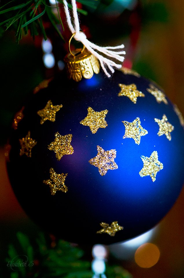 Christmas Tree Ornaments by elisasaeter