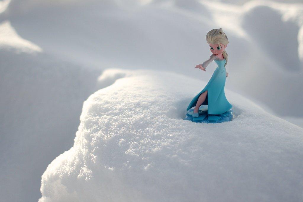 Frozen by sarahsthreads