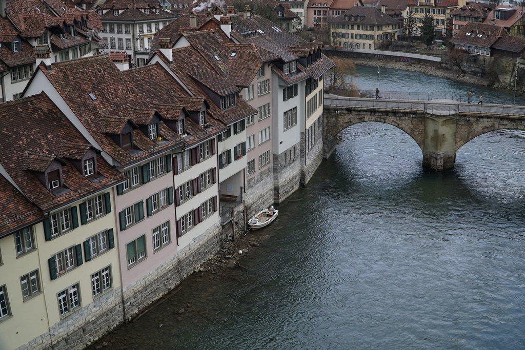 044 - The bridge to old Bern by bob65