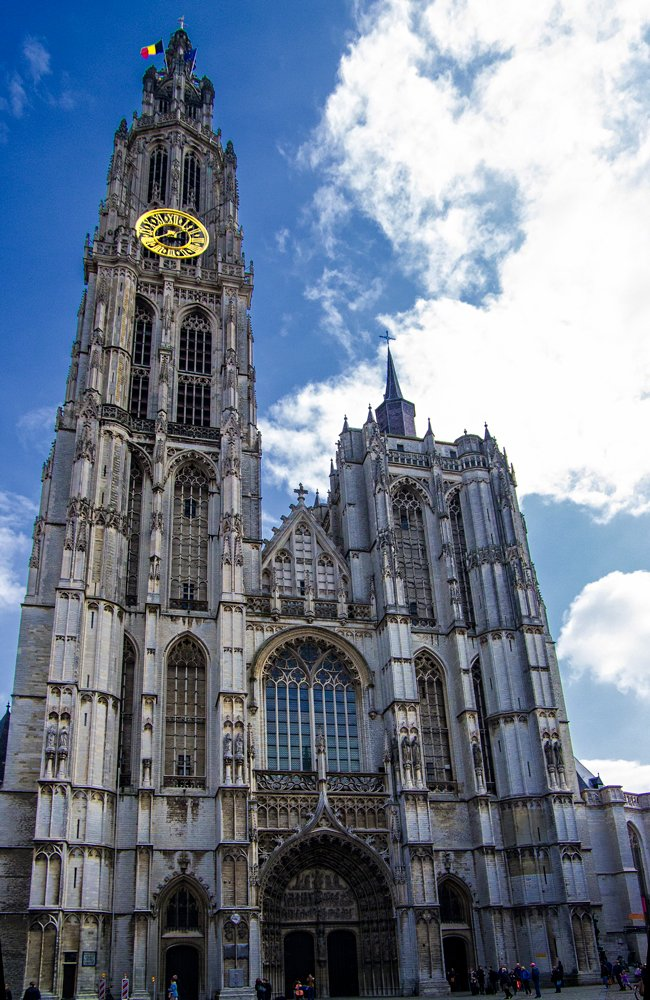 Antwerp Cathedral - a beautiful European structure by ivan
