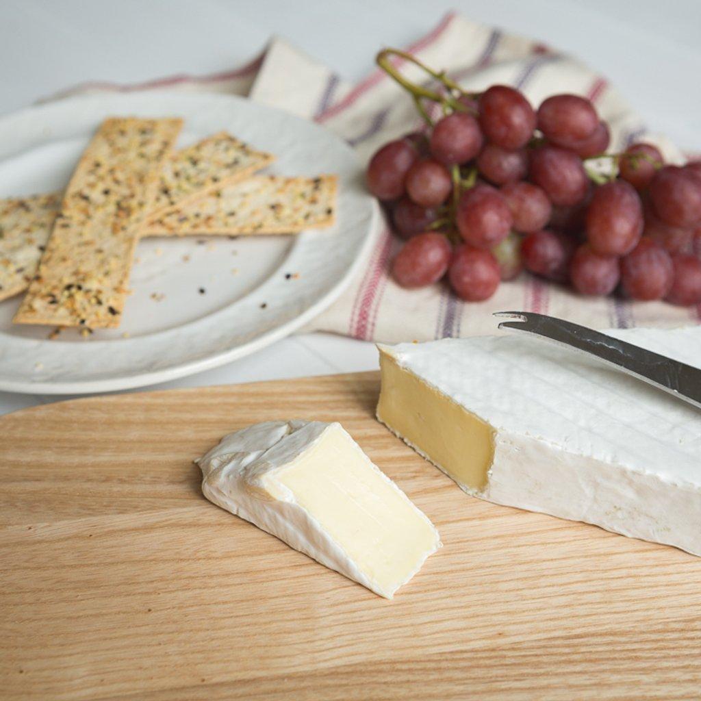 Brie by suebarni