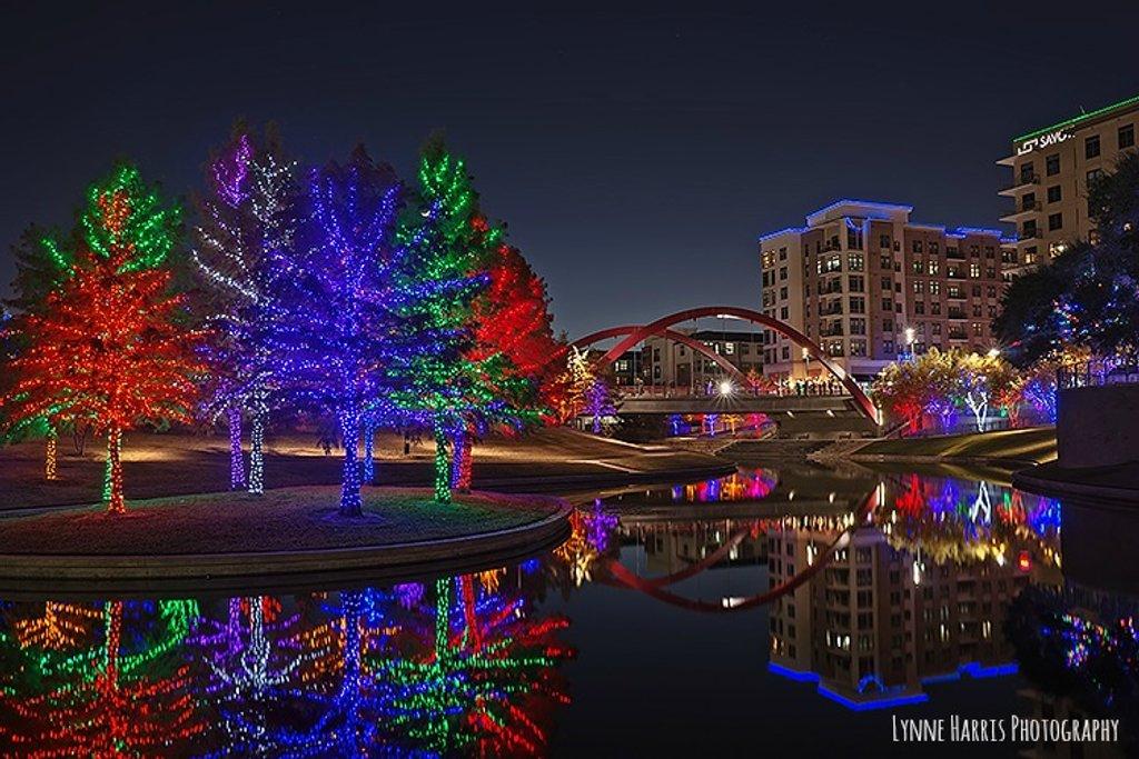 Vitruvian Lights by lynne5477