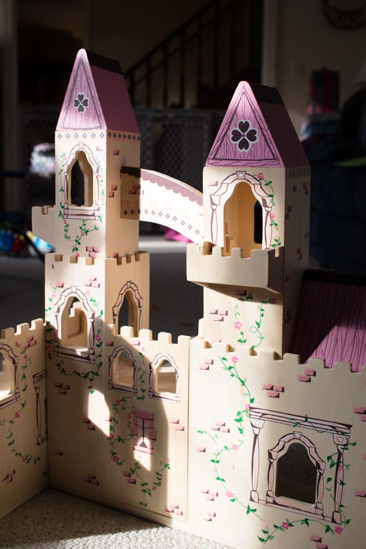 Castle in the Sun by sarahsthreads