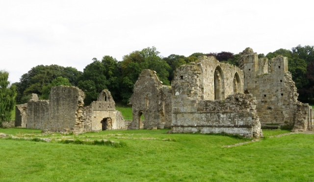 Easby Abbey  by chris17