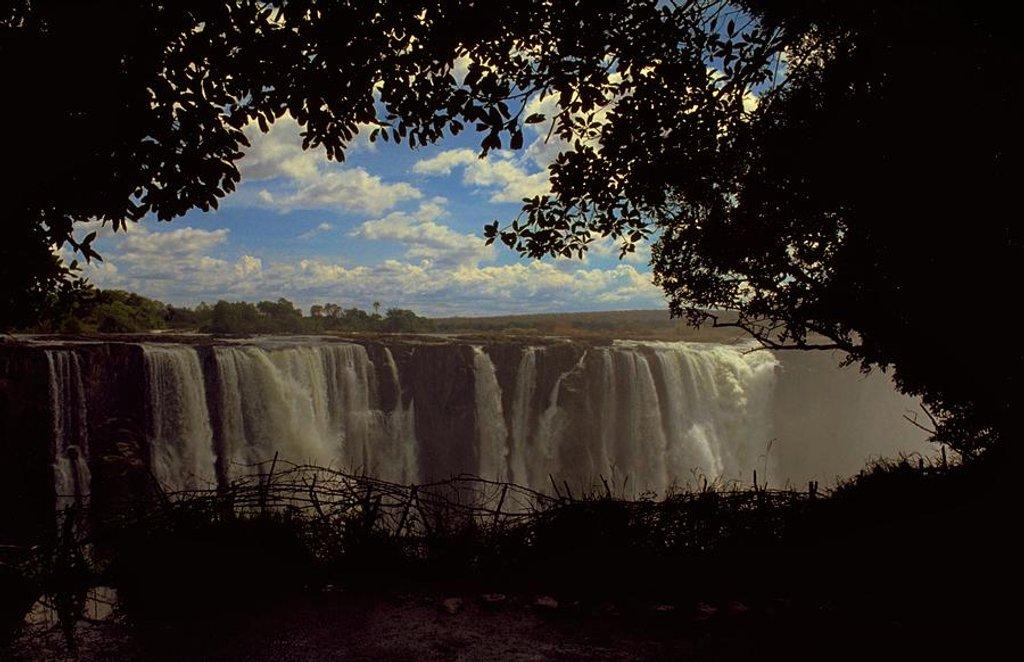 21 Victoria Falls, Zimbabwe by travel