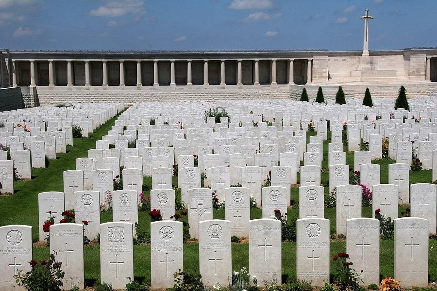 43 Pozieres British Cemetery by travel