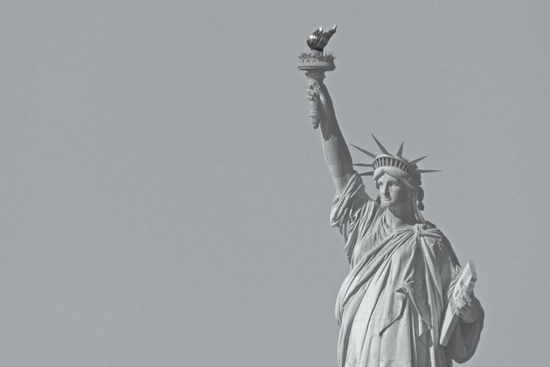 Statue of Liberty by helenhall
