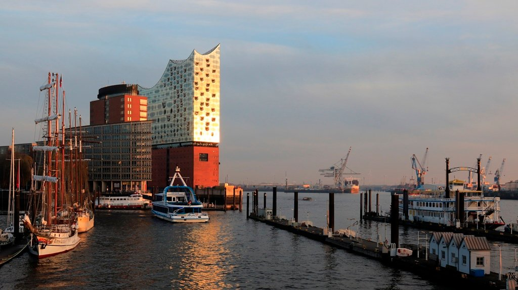 Elbphilharmonie by leonbuys83