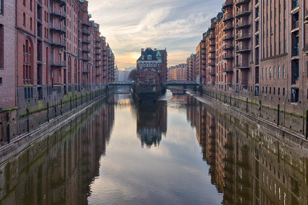 Poggenmühlen-Brücke - Hamburg by leonbuys83