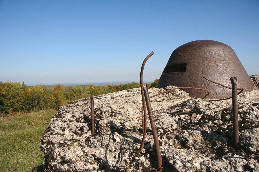 69 Fort de Douaumont, Verdun by travel