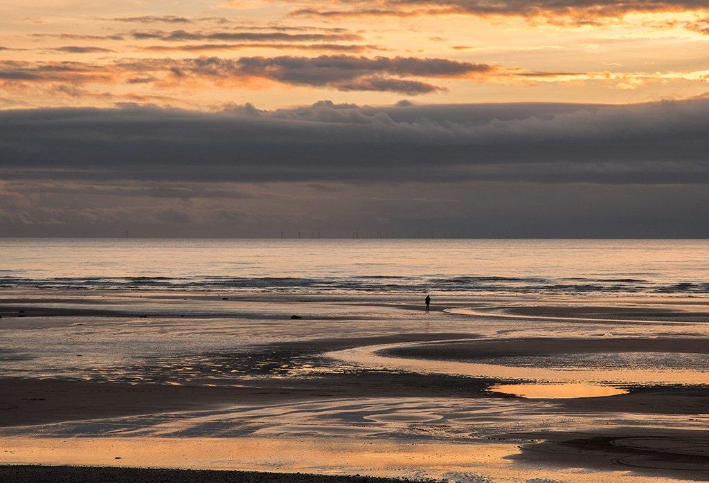 Stranger on the shore by ellida