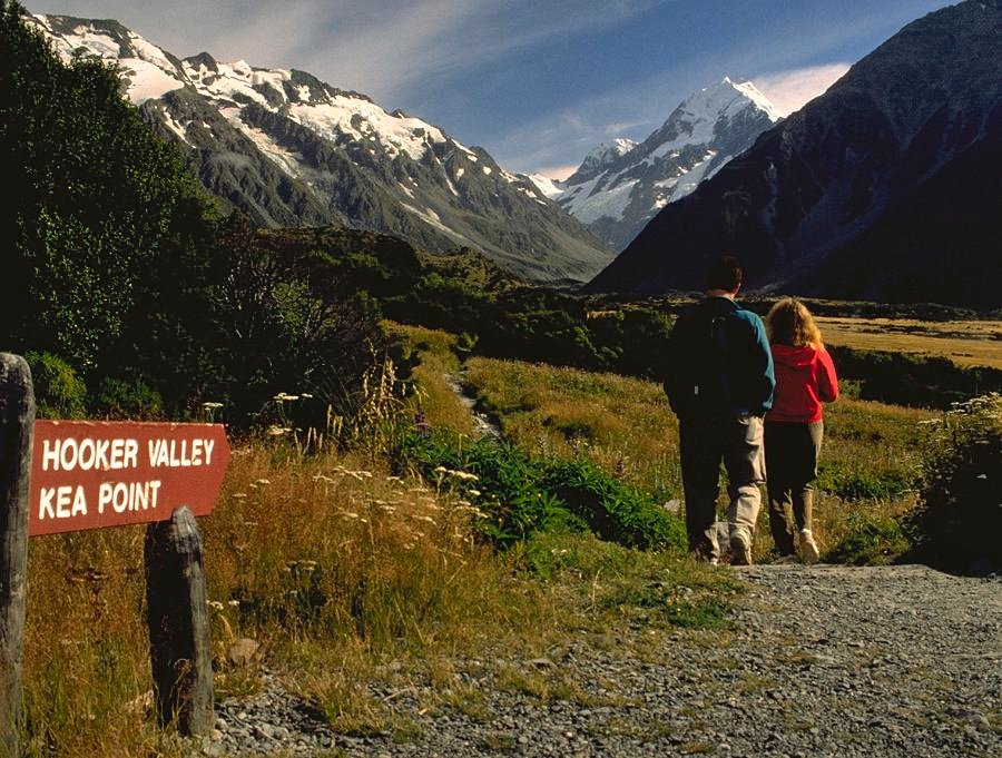 79 Hooker Valley or Key Point by travel