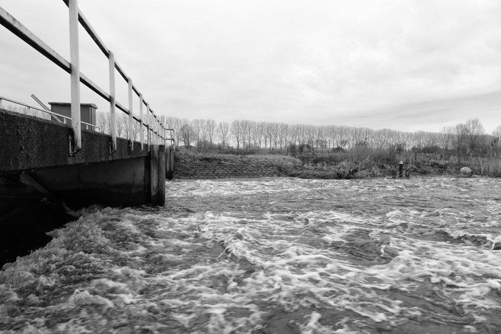 Weir  by leonbuys83