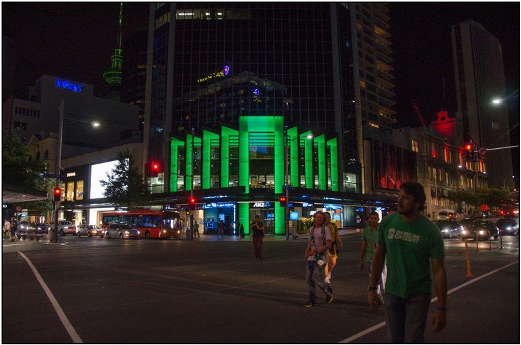 St Patricks Day, Queen St, Auckland by chikadnz