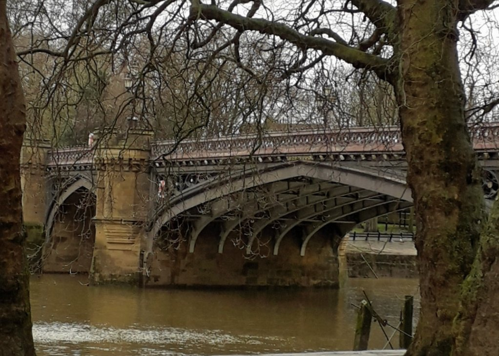 A bridge in York by mave